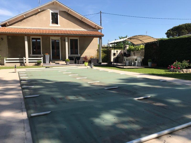 Vente maison de ville avec jardin et piscine valence for Aulnoye aymeries piscine